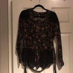 Gorgeous floral and lace blouse